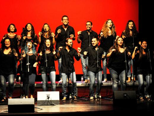 Y el Principal bailó con los Barcelona Gospel Messengers