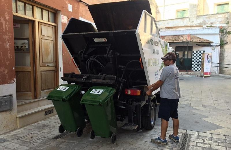 Camión de recogida de residuos urbanos