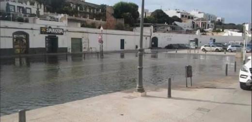 "Imagen de una ""rissaga"" en Ciutadella."