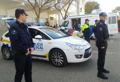 Policías locales de Maó en una imagen de archivo.