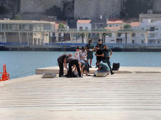 Aparece flotando el cuerpo de una joven cerca de Arenal d'en Castell