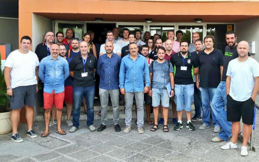 Foto de familia de los participantes en la jornada (Foto: FBIB)