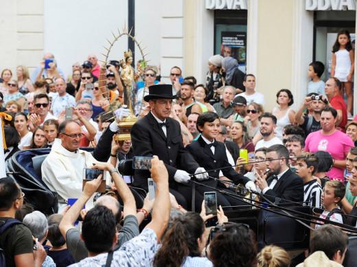 (Fotos y vídeo) Mañana de misa y jaleo