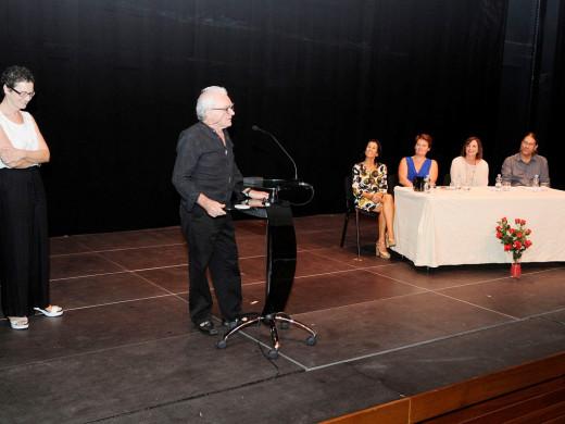 (Fotos) Una taula para el teatro