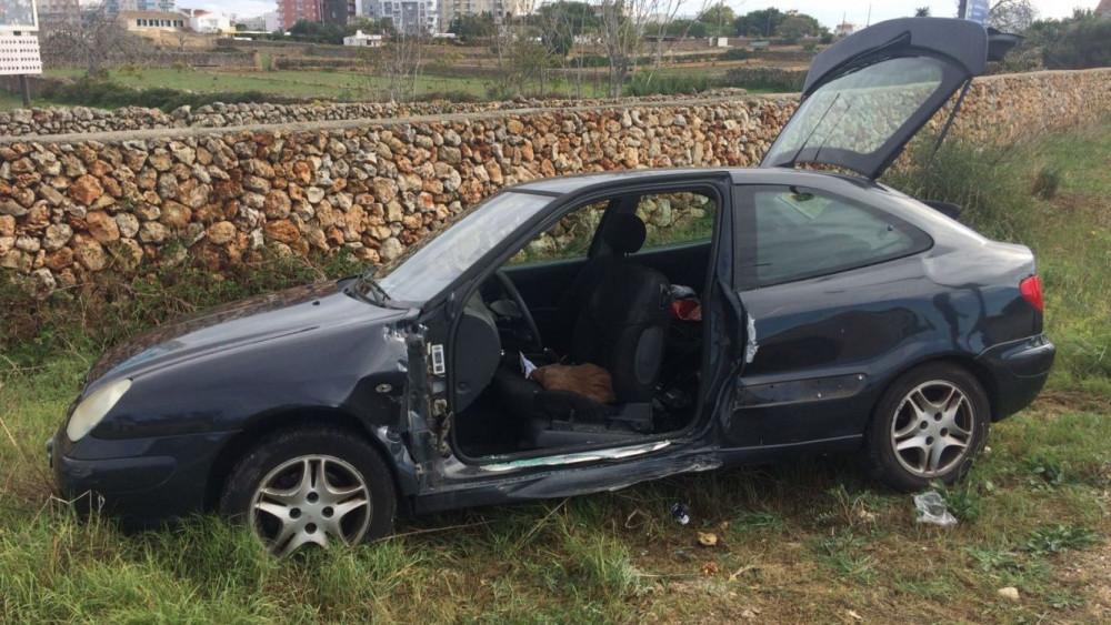 Imagen del coche accidentado (Fotos: Tolo Mercadal)