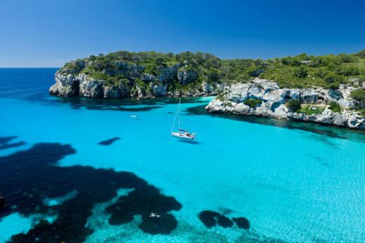Las playas son solo uno de los atractivos de Menorca