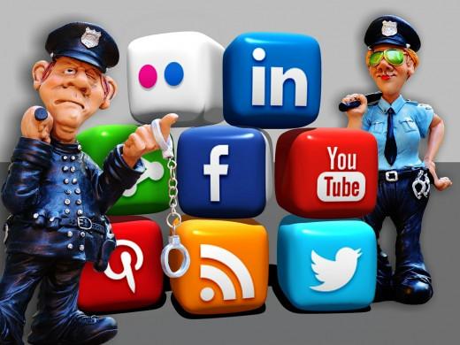 Ni los padres ni los menores son conscientes de lo fácil que es cometer un delito en la red