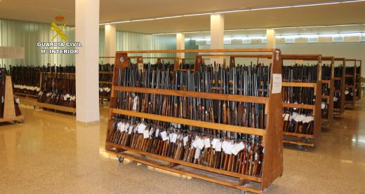 Imagen de las armas que salen a subasta.