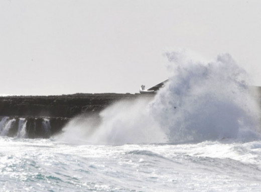 El temporal de viento se mantendrá durante este viernes y mañana sábado