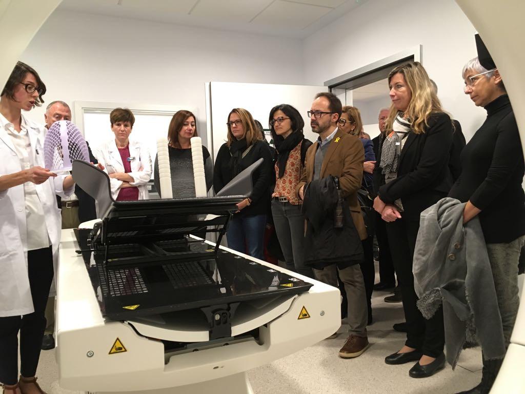 Un momento de la visita a los nuevos servicios (Fotos: Caib.es)