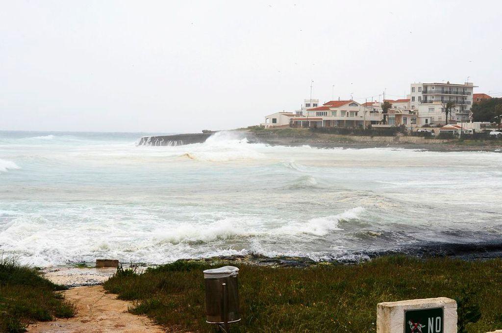 Temporal en Punta Prima.