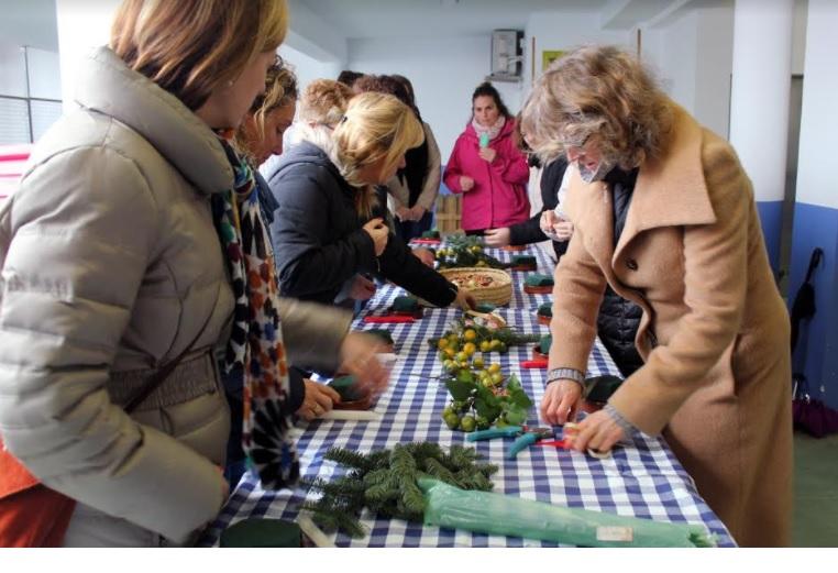 Los asistentes pudieron asistir a diferentes actividades como talleres florales.