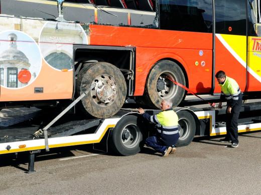 La recuperación del autobús en 6 vídeos y 23 fotos