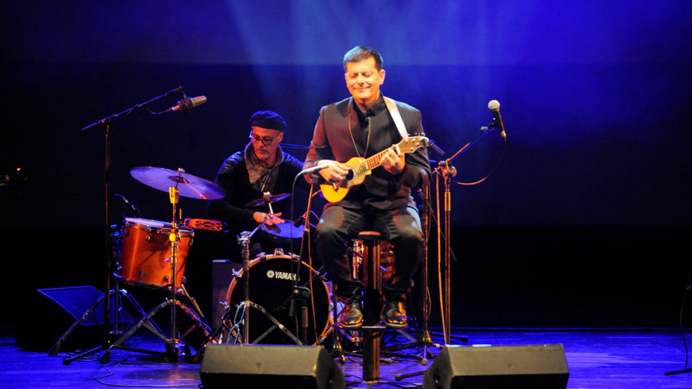 Cabrera, en un momento del recital (Fotos: Tolo Mercadal)