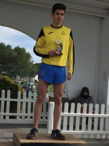 Josep Olives, en el podio.