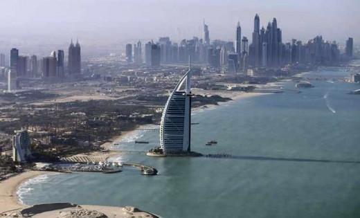 Imagen del Hotel más lujoso del mundo en Dubai perteneciente a la cadena hotelera Jumeirah.