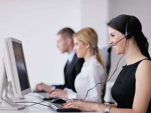 Mujeres trabajando en una oficina.