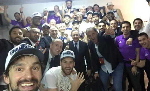 Selfie de Llull tras ganar la Copa el año pasado.