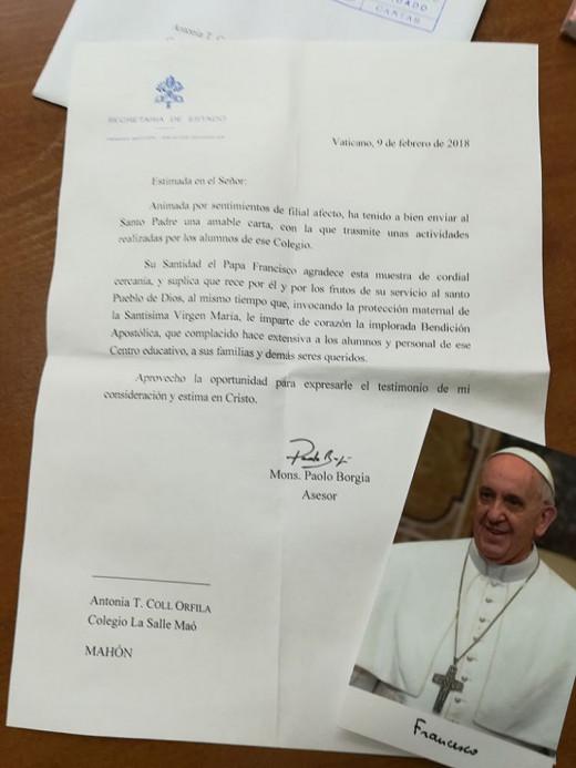 Imagen de la carta de contestación del Papa Francisco.