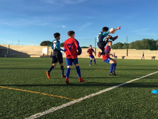 (Fotos) Caballos de bienvenida y primeros partidos en la Mecup