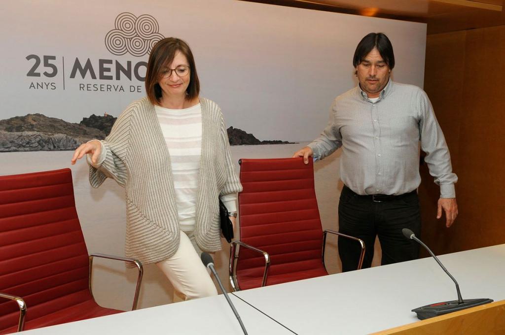 Maite Salord e Isaac Olives, en rueda de prensa (Foto: Tolo Mercadal)