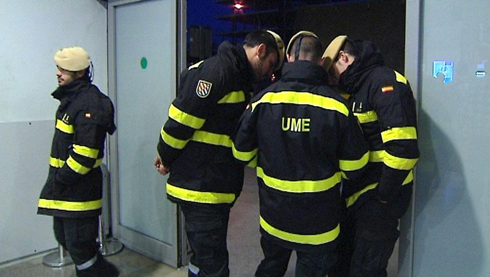 Miembros de la Unidad Militar de Emergencias.