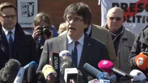 Carles Puigdemont, tras salir de la cárcel.