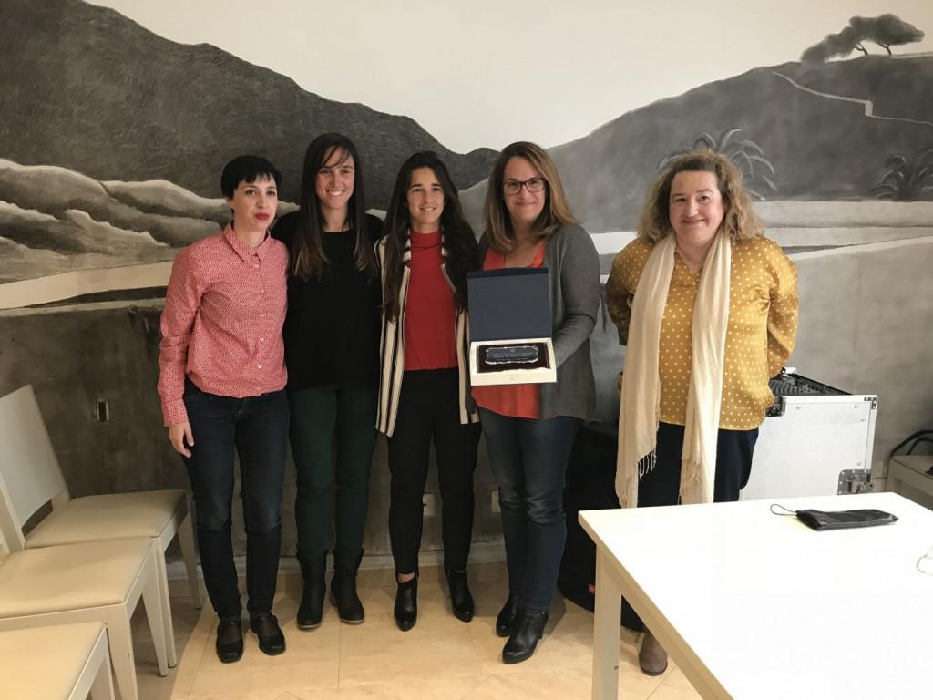Imagen de la entrega del premio en el acto que ha tenido lugar en Es Mercadal.