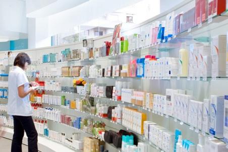 El Govern pide al Ministerio de Sanidad que suprima el copago farmacéutico.