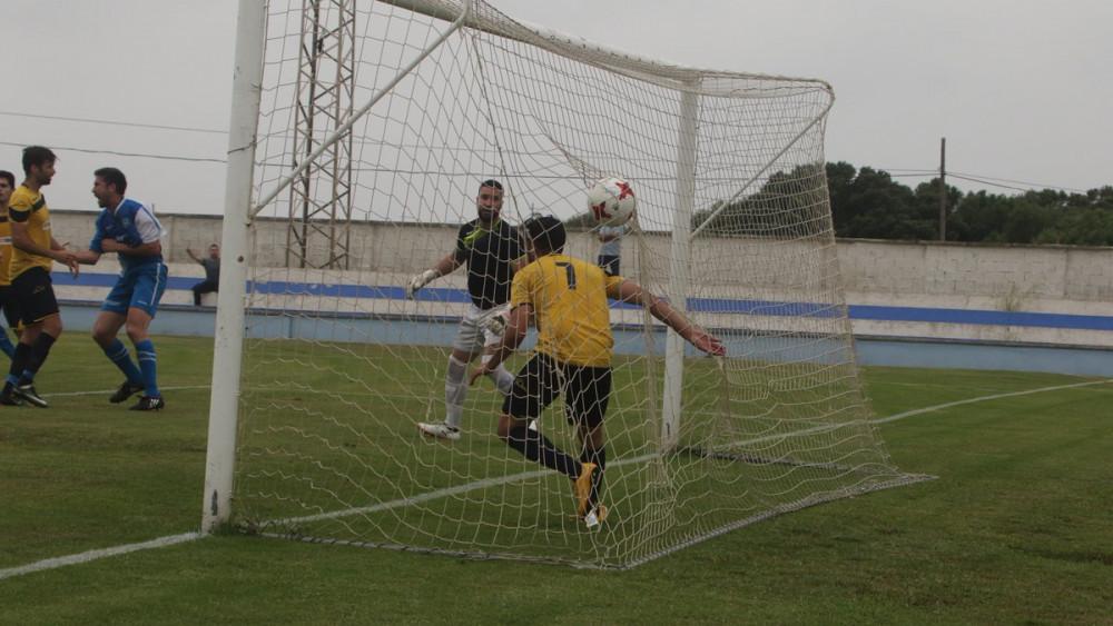 Imagen del gol de Miquel Capó (Foto: deportesmenorca.com)