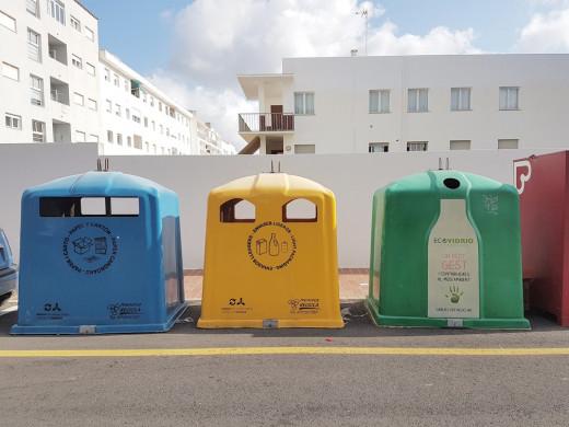 El Ayuntamiento de Maó ha incrementado el número de contenedores de recogida selectiva.