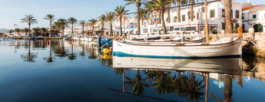 Imagen promocional de Menorca en Airbnb.