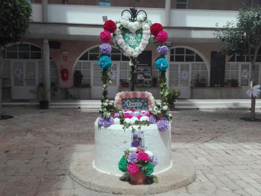 Es Castell también se viste de  flores
