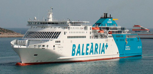 Buque de Baleària.