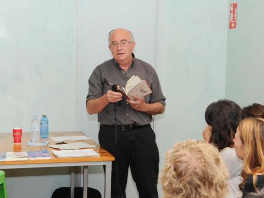 (Fotos) La charla de Josep Pàmies desborda todas las previsiones