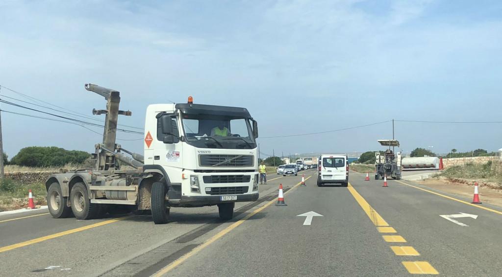 Camiones durante una obras.
