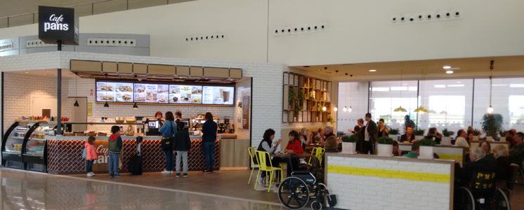 Terminal de salidas del aeropuerto de Menorca