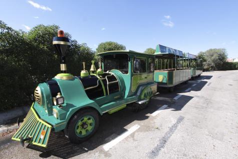 El Ayuntamiento de Maó ha aprobado el pliego de condiciones para la concesión del tren turístico los próximos cuatro años.
