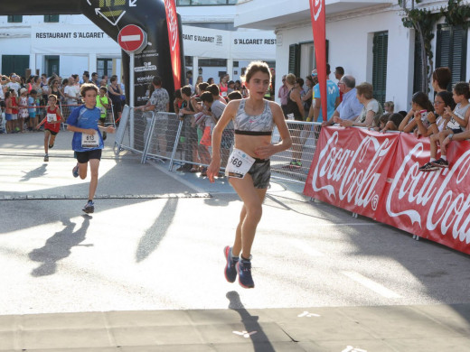 (Galería de fotos) Sergi Reurer y Maria Pallicer siguen con su dominio en  Fornells