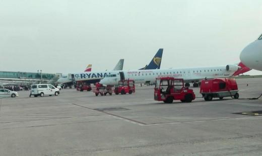 Más aviones, más pasajeros.