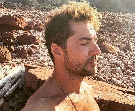 Las fotos de David Bisbal en Menorca dan la vuelta al mundo