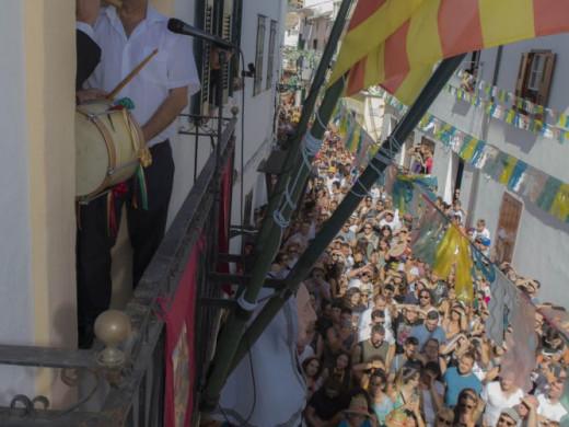 (Vídeo y galería de fotos) Júbilo en Es Mercadal