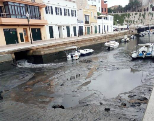 Imagen de archivo de los efectos de la rissaga en el puerto de Ciutadella