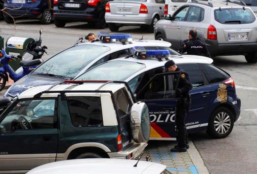 Agentes de la Policía Nacional en Maó.