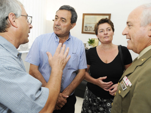(Fotos) La nueva directora insular Isabel López se pone deberes