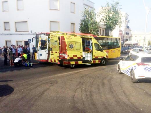 Un autobús atropella a una mujer en Maó