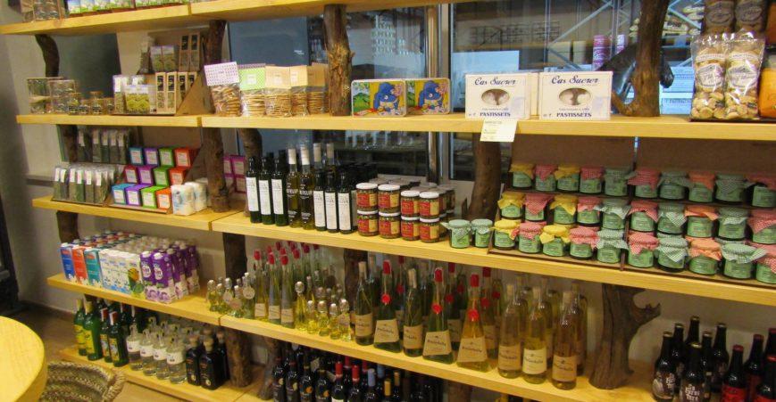 En las tiendas hay productos de Mallorca, Menorca e Ibiza