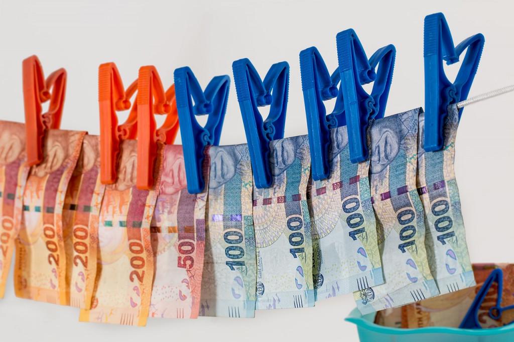 La OCU recomienda investigar a qué deducciones fiscales tienes derecho para ahorrar impuestos