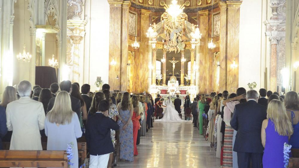 La jet-set de boda en Maó.