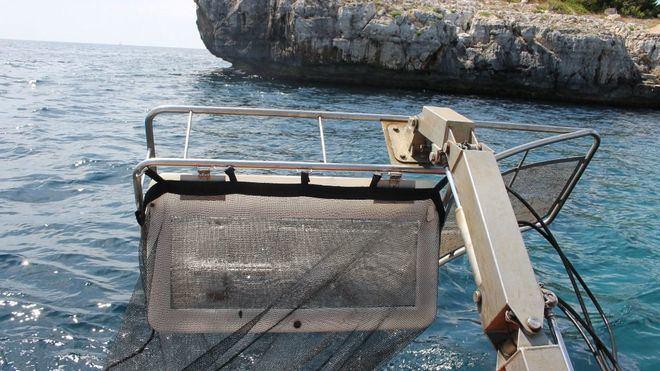 El 65,82% del total de residuos recogidos la última temporada por las embarcaciones semi litoral fueran plásticos